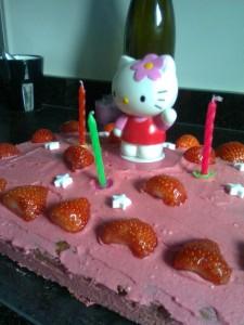 Hello Kitty worteltaart