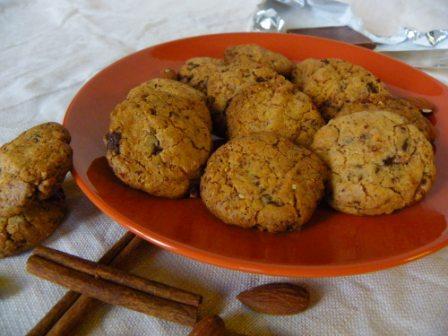 Glutenvrije American chocolate chip speculaas cookies met amandel